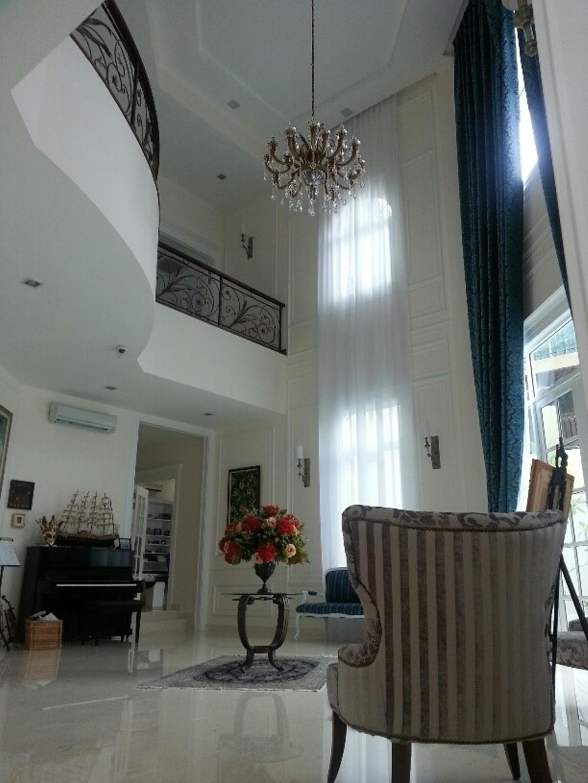 Vintage, Landed, Living Room, Saujana Impian Kajang, Interior Designer, Klaasmen Sdn. Bhd., Flora, Jar, Plant, Potted Plant, Pottery, Vase, Molding