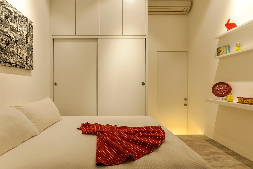 Beacon Heights, Rhiss Interior, Modern, Bedroom, Condo, White Cabinets, White Shelving, Wood Platform, Indoors, Interior Design, Room
