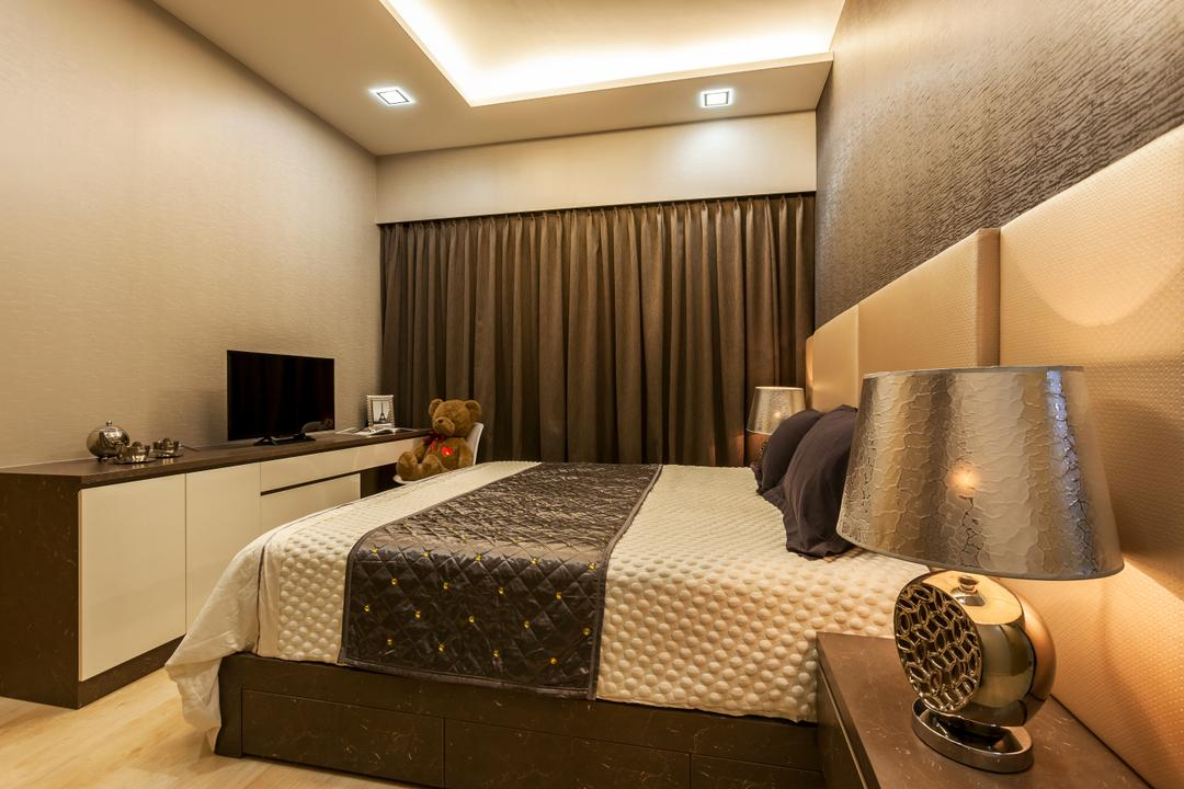 H2O Residences, Rhiss Interior, Traditional, Bedroom, Condo, Contemporary, Down Light, , Wood Floor, Bedside Lamp, Bed, Furniture