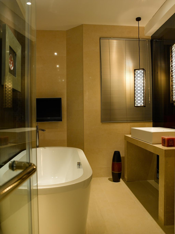 Modern, Condo, Bathroom, UE Square, Interior Designer, Rhiss Interior, Bath Tub, Moder, Indoors, Interior Design, Room
