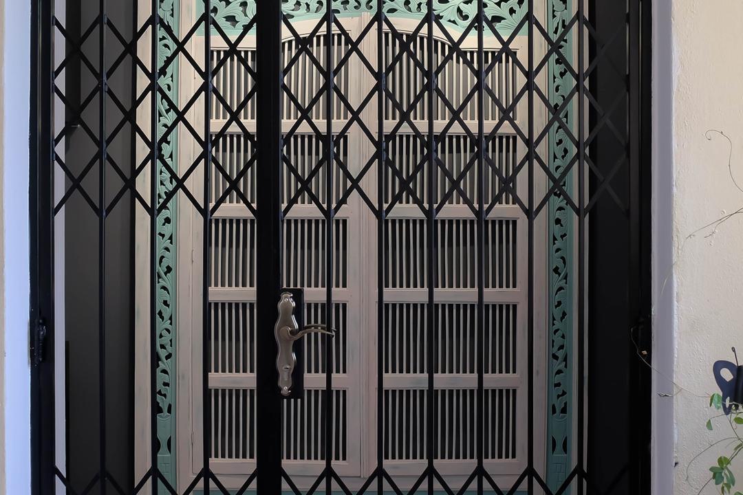 Neptune Court, Fifth Avenue Interior, Eclectic, Condo, Gate, Shutter Gate, Main Door, Entrance, Gate Entrance
