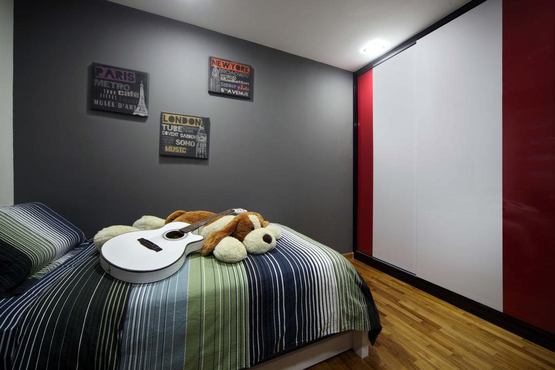 Punggol Field (Block 110A), Urban Design House, Traditional, Bedroom, HDB, Wooden Floor, King Size Bed, Cozy, Dim, Picure Frame, Grey Coloured Wall, Bedroom Wadrobe, Kids Room, Teens Room