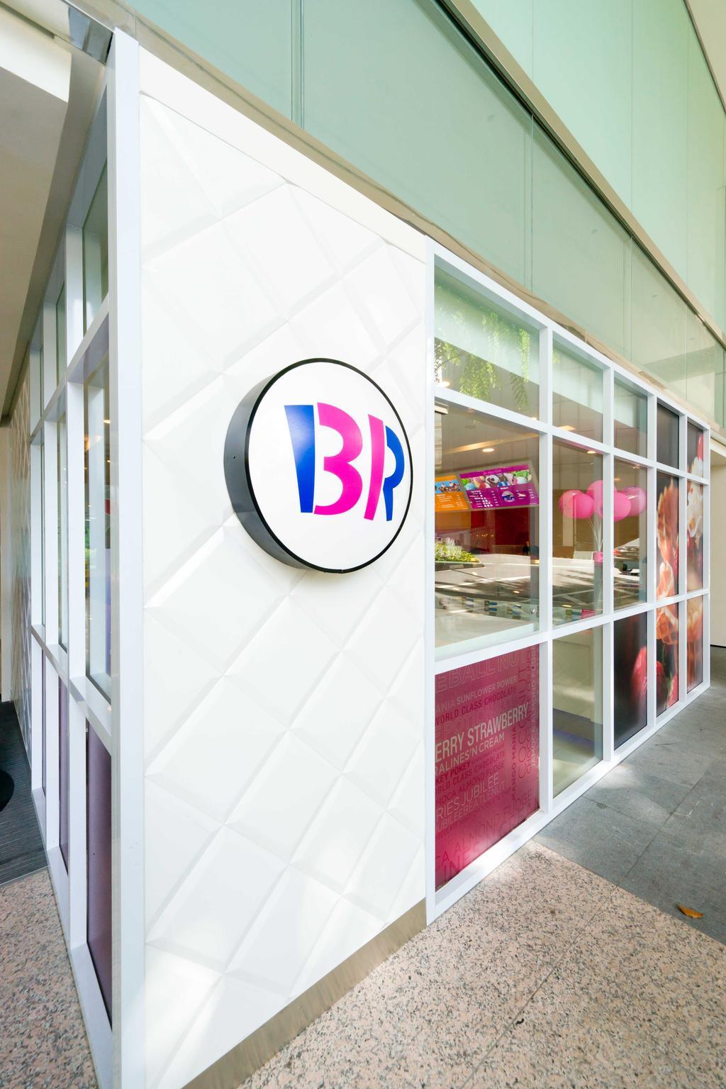 Baskin Robbins (Plaza Singapura), Commercial, Interior Designer, Unity ID, Eclectic, Shop Exterior, Shop Front, Shop Entrance, Entrance, Exit, White, Tile, Tiles
