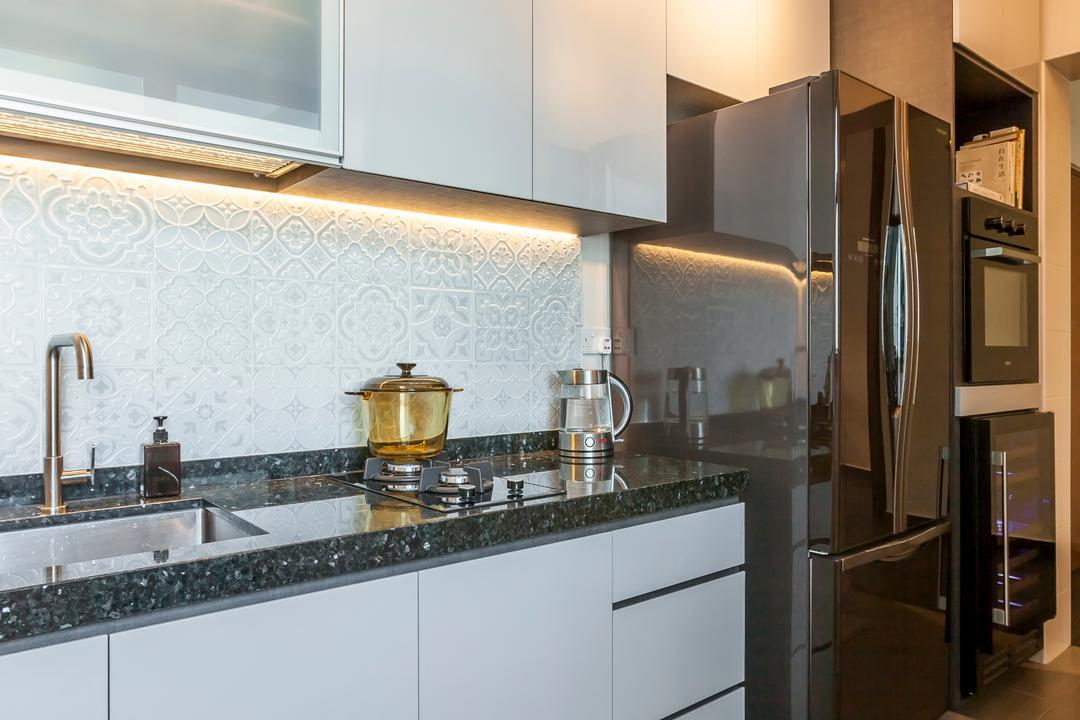 Boon Lay Meadow (Block 181B), Absolook Interior Design, Transitional, Kitchen, HDB, Ceramic Floor Tile, Track Lights, Polar White Kitchen Cabinet, Kitchen Basin, Kitchen Stove, Refrigerator, Shelves, Wall Mounted Polar White Kitchen Cabinet, Indoors, Interior Design, Room