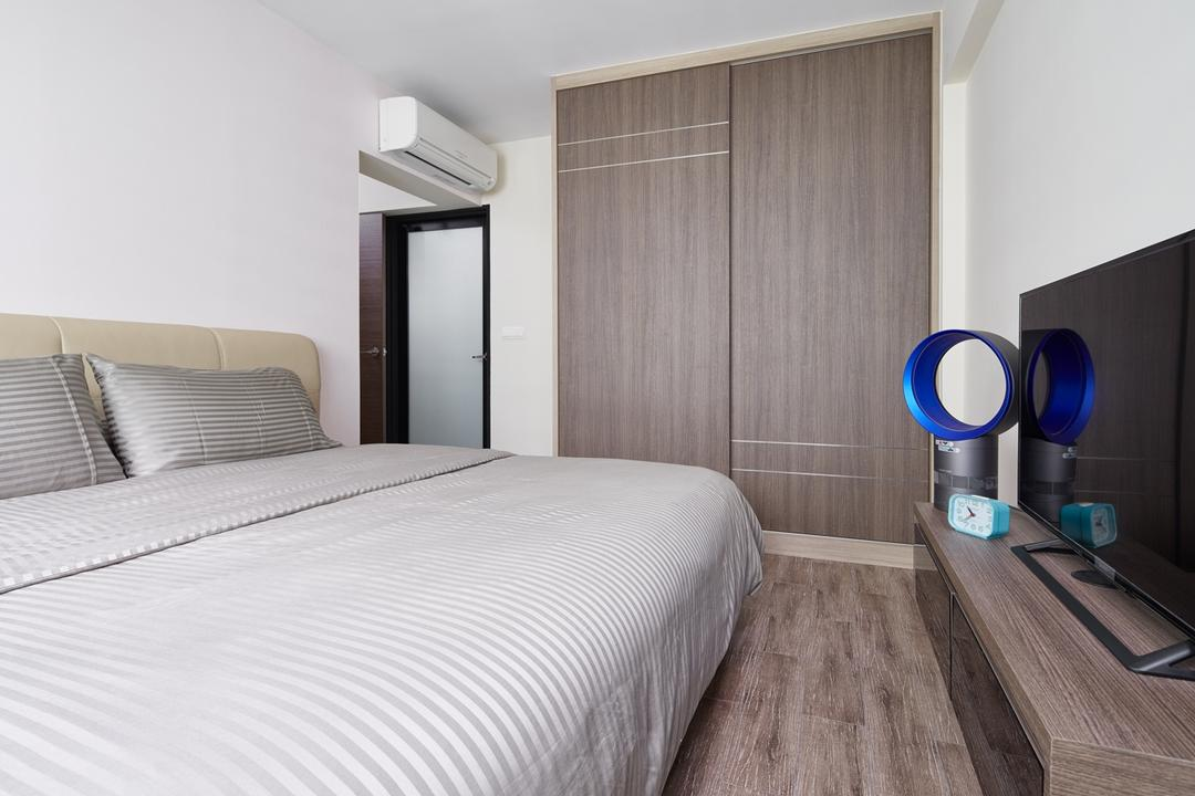 Waterway Banks (Block 673B), Absolook Interior Design, Scandinavian, Bedroom, HDB, Wooden Floor, Wooden Wadrobe, Television, Television Console, King Size Bed, Air Condition, Cozy, Comfortable, Relax, Plain White Walls, Laminated Wood, Electronics, Loudspeaker, Speaker