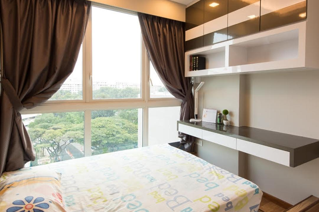 Canberra Road, Yujia Interior Design, Modern, Traditional, Bedroom, Condo, Single Bed, False Ceiling, Carpentry, Storage, Wall Shelves, Sling Curtain, Downlights, Modern Contemporary Bedroom, Coffered Ceiling, Hidden Interior Lighting, Recessed Lighting, Wooden Floor, Cozy, Cosy