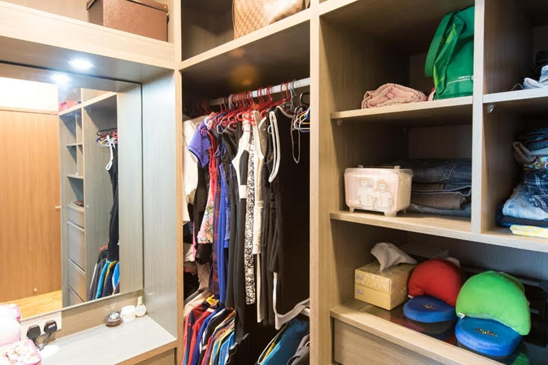 Canberra Road, Yujia Interior Design, Modern, Traditional, Condo, Wardrobe, Storage, Mirror, Make Up Table, Dress Table, Carpentry, Built In Vanity