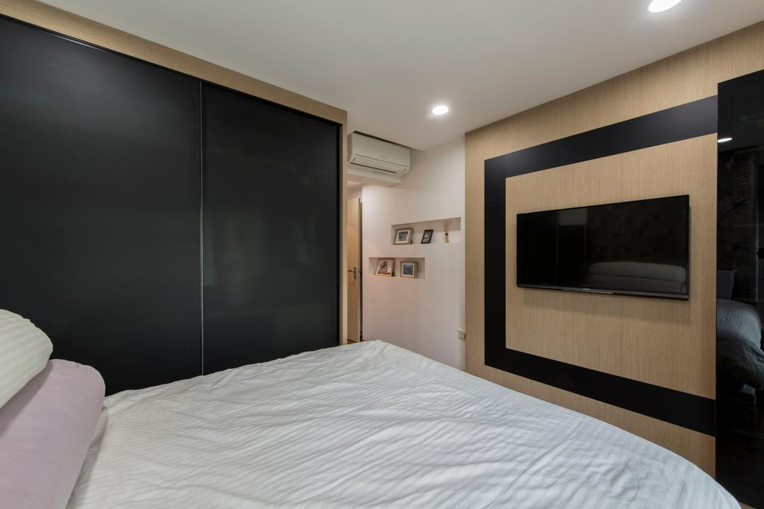Parkland Residence, Glamour Concept, Modern, Bedroom, HDB, Tv Feature Wall, Built In Wardrobe, Downlights, Built In Shelves, Picture Frames, Picture Arrangement, Sliding Wardrobe, Carpentry, Bed, Furniture, Indoors, Room