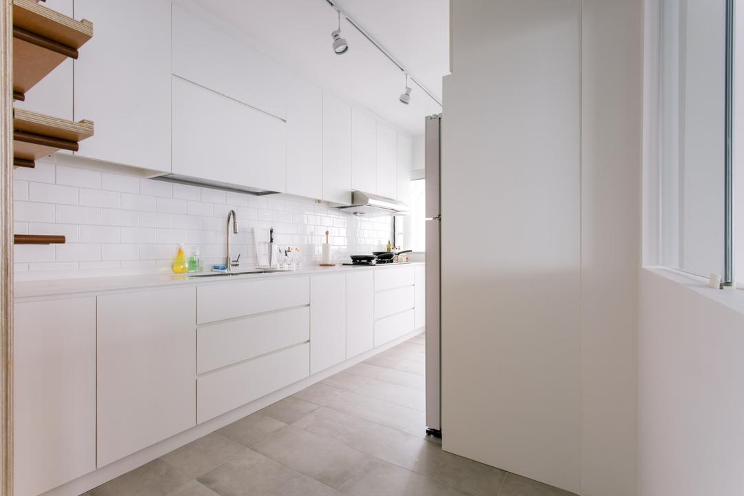 Waterway Woodcress (Block 666A), Third Avenue Studio, Minimalistic, Kitchen, HDB, Tiles, Monochrome, White, All White, Expansive, Simple, Uncluttered, Subway Tiles, White Cabinet, Knobless, White Tracklights