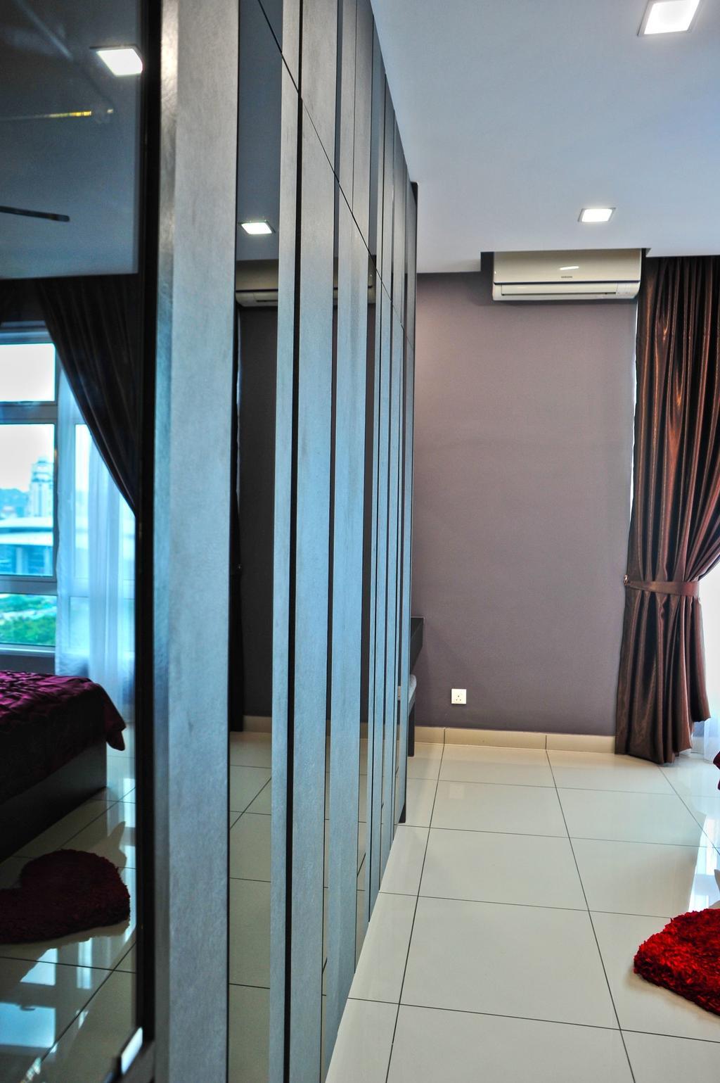 Modern, Condo, Bedroom, Royal Regent Putramas 3, Interior Designer, Spazio Design Sdn Bhd, Contemporary, Curtain, Home Decor, Door, Folding Door