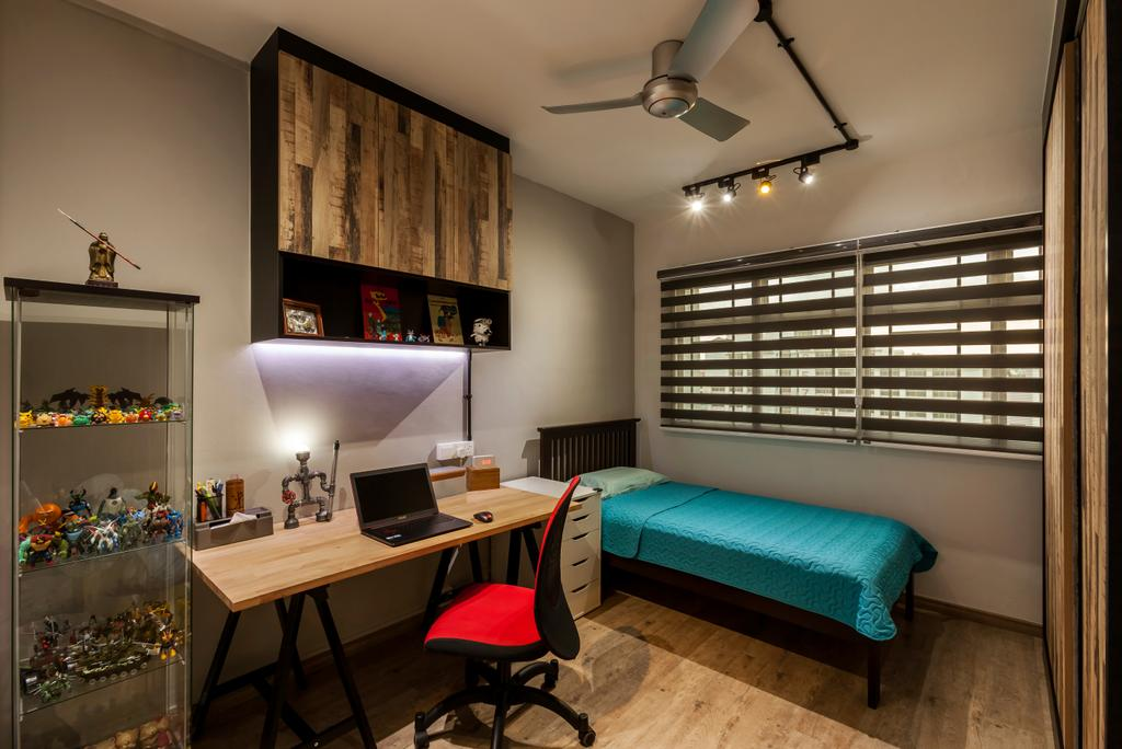 Industrial, HDB, Bedroom, Jurong West Street 81 (Block 860), Interior Designer, The Interior Lab, Industrial Bedroom, Kdk Ceiling Fan, Blinds, Track Light, Glass Display Cabinet, Wall Cupboard, Neutral Wall, Chair, Furniture