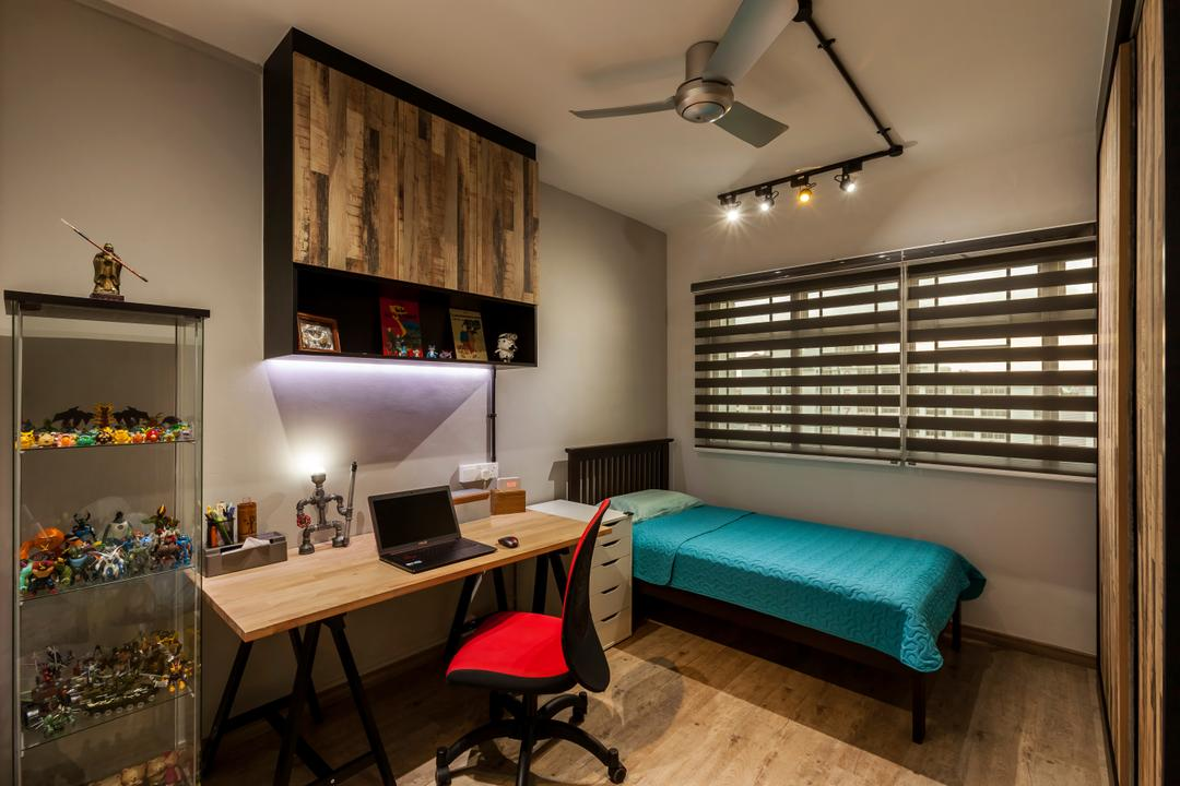 Jurong West Street 81 (Block 860), The Interior Lab, Industrial, Bedroom, HDB, Industrial Bedroom, Kdk Ceiling Fan, Blinds, Track Light, Glass Display Cabinet, Wall Cupboard, Neutral Wall, Chair, Furniture