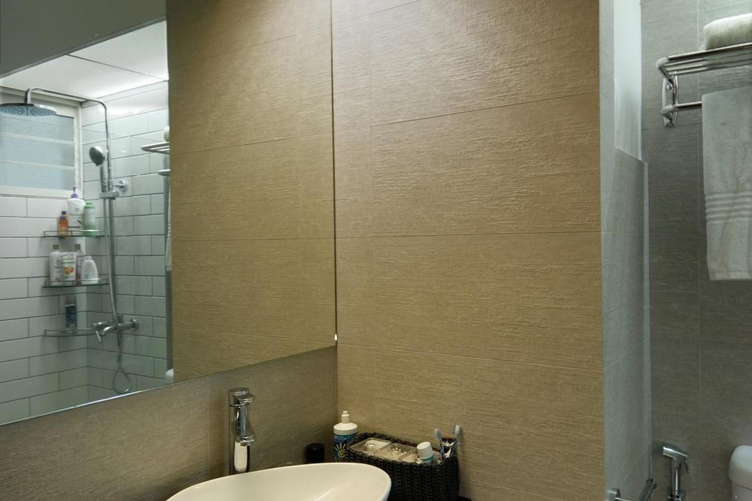 Tiong Bahru View, Aart Boxx Interior, Scandinavian, Bathroom, HDB, White Sink, Sink, Mirror, Bathroom Lighting, Toilet Lighting, White Basin, Basin, Indoors, Interior Design, Room