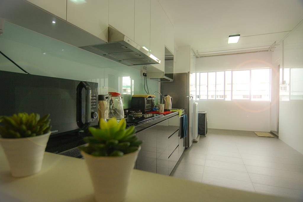 Modern, HDB, Kitchen, Bedok Reservoir (Block 615), Interior Designer, Faith Interior Design, Scandinavian, Modern Kitchen, Glass Panel, Built In Cupboard, Ceiling Light, Spacious Kitchen, Plant Decor