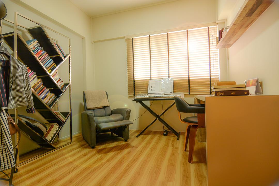 Bedok Reservoir (Block 615), Faith Interior Design, Modern, Scandinavian, Study, HDB, Study Room, Recliner Chair, Cool Bookshelf, Blinds, Portable Piano