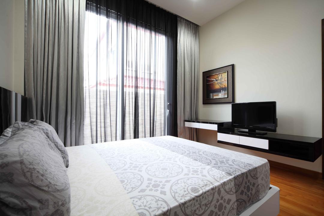 Jalan Hussein, Vegas Interior Design, Modern, Contemporary, Bedroom, Landed, Modern Bedroom, Sling Curtain, Floating Console, Wooden Flooring, Framed Artwork, Cozy, Cosy, Indoors, Interior Design, Room, Electronics, Entertainment Center