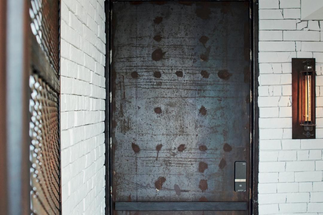 Circuit Road (Block 37), Bowerman, Eclectic, Living Room, HDB, Brick Wall, Rusty Door, Downlight, Brick