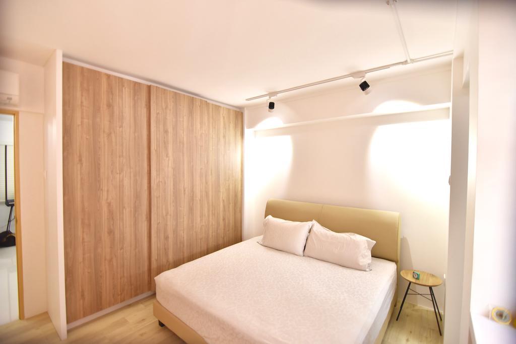 Modern, HDB, Bedroom, Bishan Street 24 (Block 266), Interior Designer, Van Hus Interior Design, , King Size Bed, Modern Contemporary Bedroom, Wooden Floor, Track Lights, Wooden Wardrobe, Cozy, Cosy