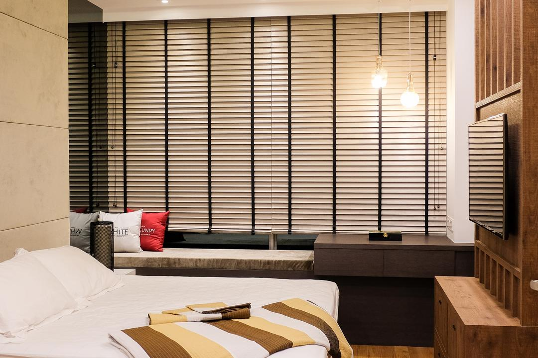 RV Residence, Nitty Gritty Interior, Scandinavian, Bedroom, Condo, Wooden Floor, King Size Bed, Bedding Platform, Cozy, Cosy, Recessed Lights, Hidden Interior Lighting, Roll Down Curtain, Modern Contemporary Bedroom
