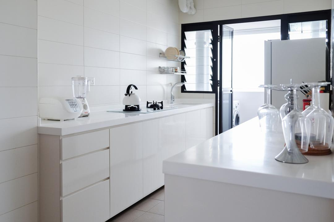 Tampines Avenue 8 (Block 868B), Nitty Gritty Interior, Scandinavian, Kitchen, HDB, White Ceramic Tiles, White Kitchen Cabinet, White Kitchen Cupboard, White Laminated Top, Modern Contemporary Kitchen