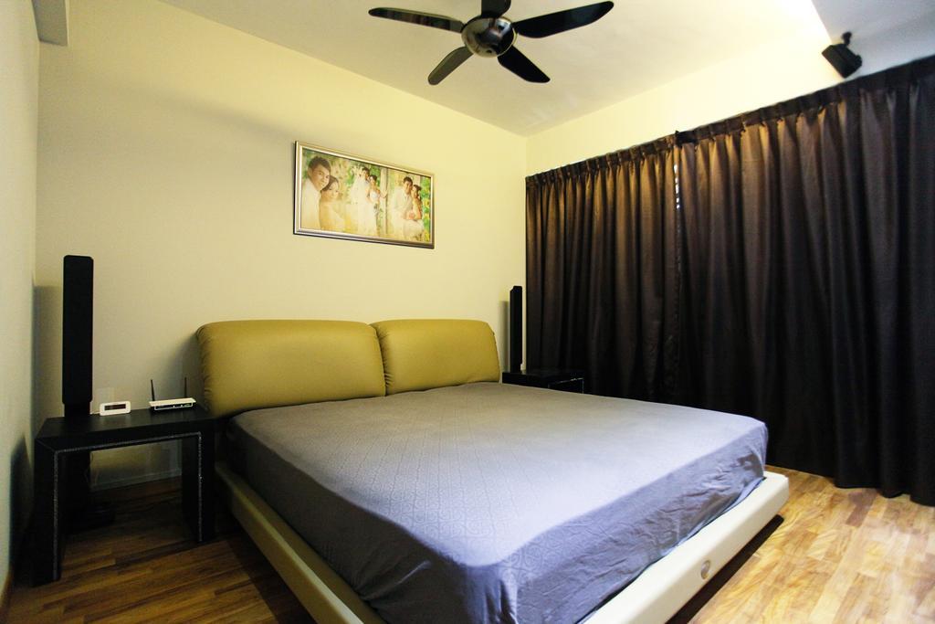 Contemporary, HDB, Bedroom, Lorong Ah Soo (Block 144), Interior Designer, DreamVision Designer, Wooden Floor, Ceiling Fan, King Size Bed, Cozy, Cosy, Modern Cotemporary Bedroom, Sling Curtain