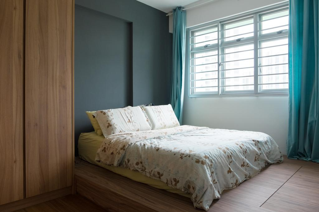 Minimalistic, HDB, Bedroom, Punggol Edgefield (Block 617A), Interior Designer, Nitty Gritty Interior, Elevated Wooden Platform, King Size Bed, Sling Curtainwooden Wardrobe, Cozy, Cosy