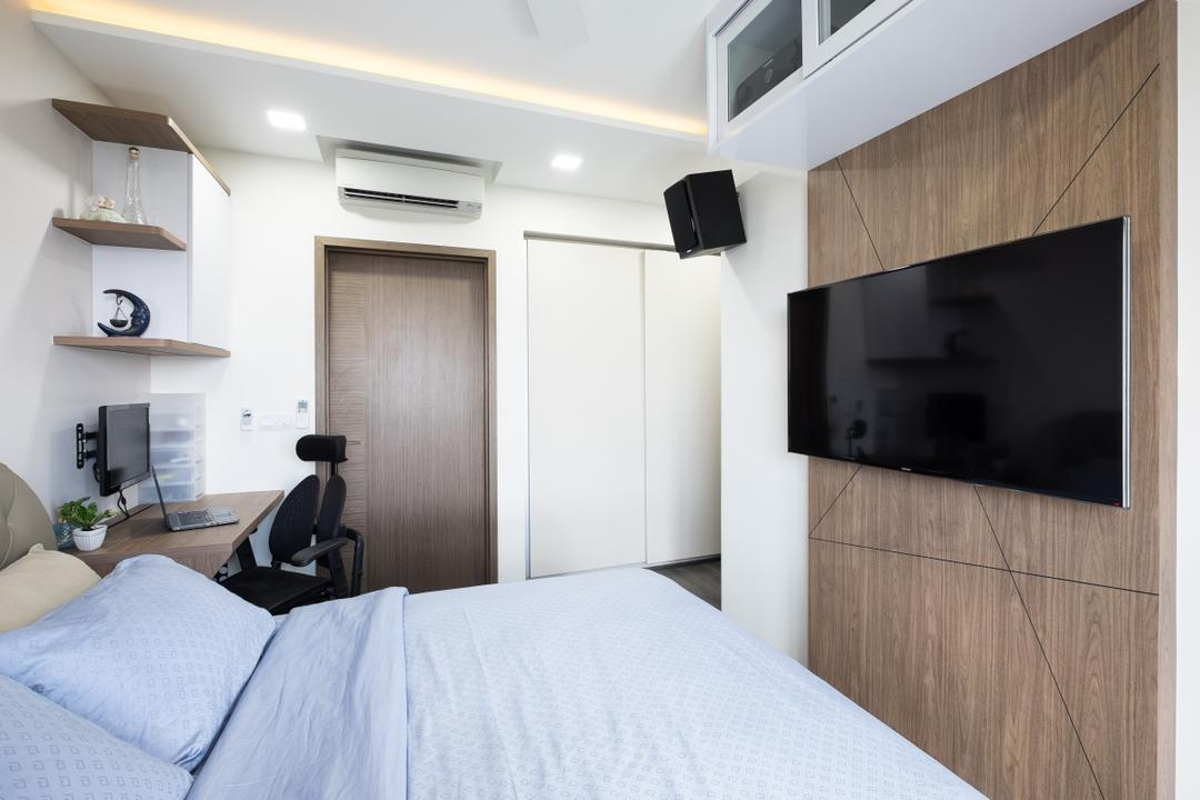 The Topiary, Nitty Gritty Interior, Contemporary, Bedroom, Condo, Wooden Panel, King Size Bed, Recessed Lights, Wall Mounted Television, Wall Mounted Black Panel, Wall Mounted Speaker, Cozy, Cosy, Wooden Door, Study Desk, High Back Study Chair, Modern Contemporary Bedroom