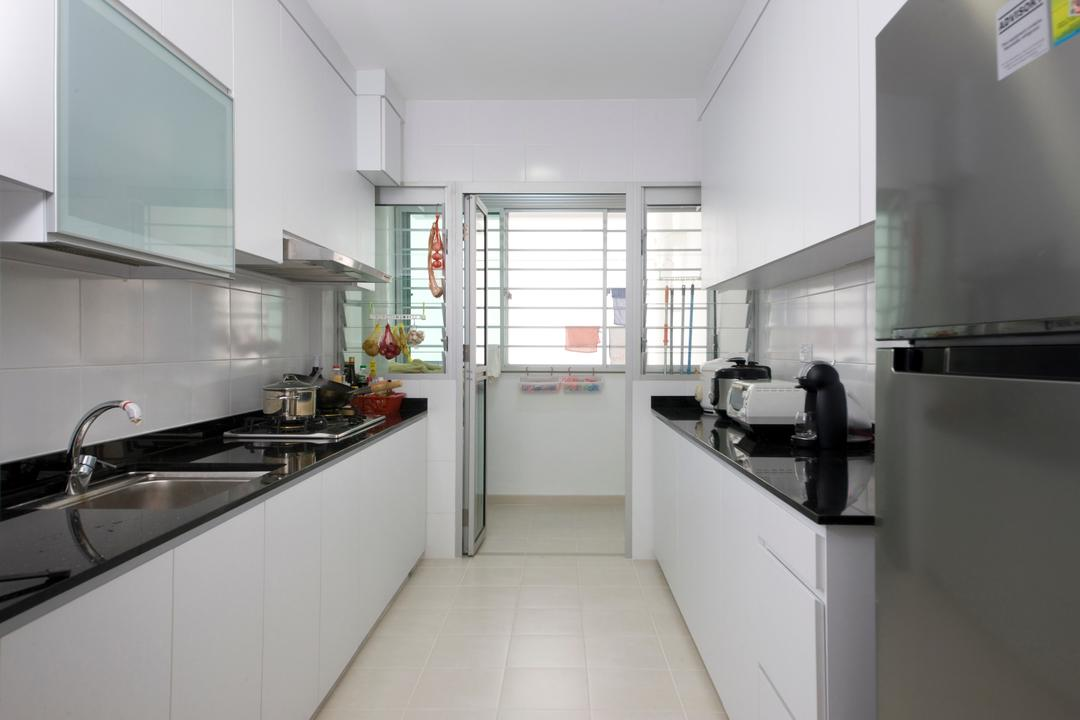 Pasir Ris, DreamCreations Interior, Minimalistic, Kitchen, HDB, White Laminate, White Counter, Counter Top, Blinds, Indoors, Interior Design, Room