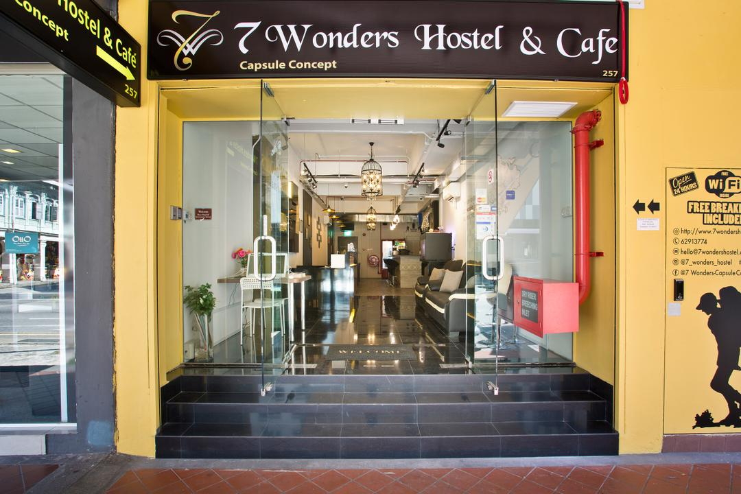 7 Wonders Hostel, The Local INN.terior 新家室, Eclectic, Commercial, Sink, Indoors, Lobby, Room, Shop