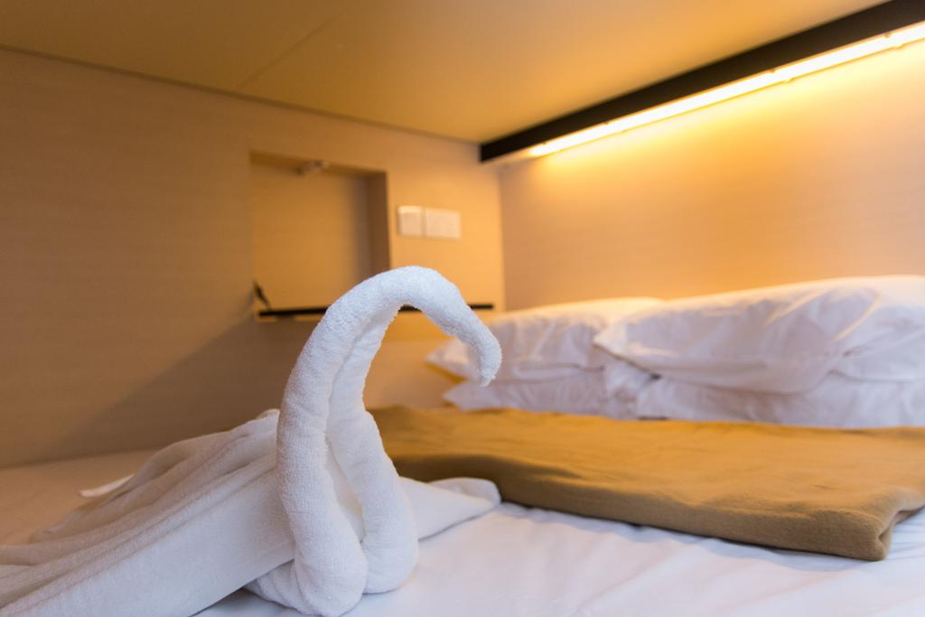 7 Wonders Hostel, Commercial, Interior Designer, The Local INN.terior 新家室, Eclectic, Towel
