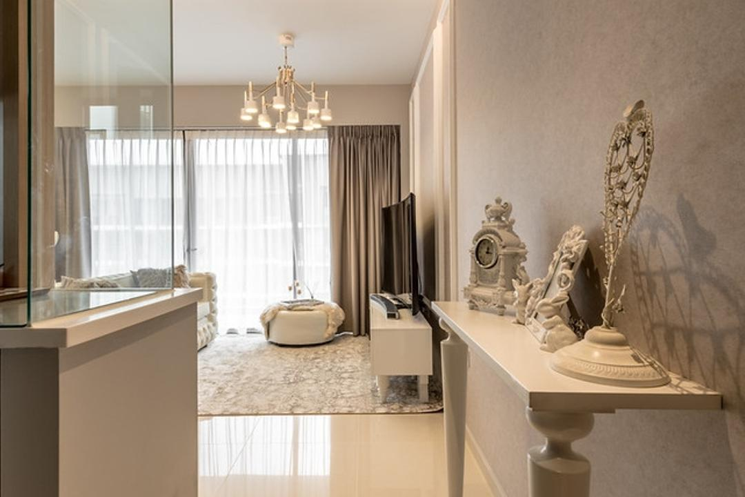 Twin Fountains, Mr Shopper Studio, Vintage, Living Room, Condo, Hallway, Entrance, Display Table, Decor Table, Decor Arrangement, Dining Room, Indoors, Interior Design, Room