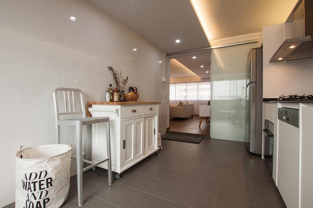Saint George Road, Space Atelier, Modern, Kitchen, HDB, Glass Door, High Stool, Laundry Bag, Simple Design
