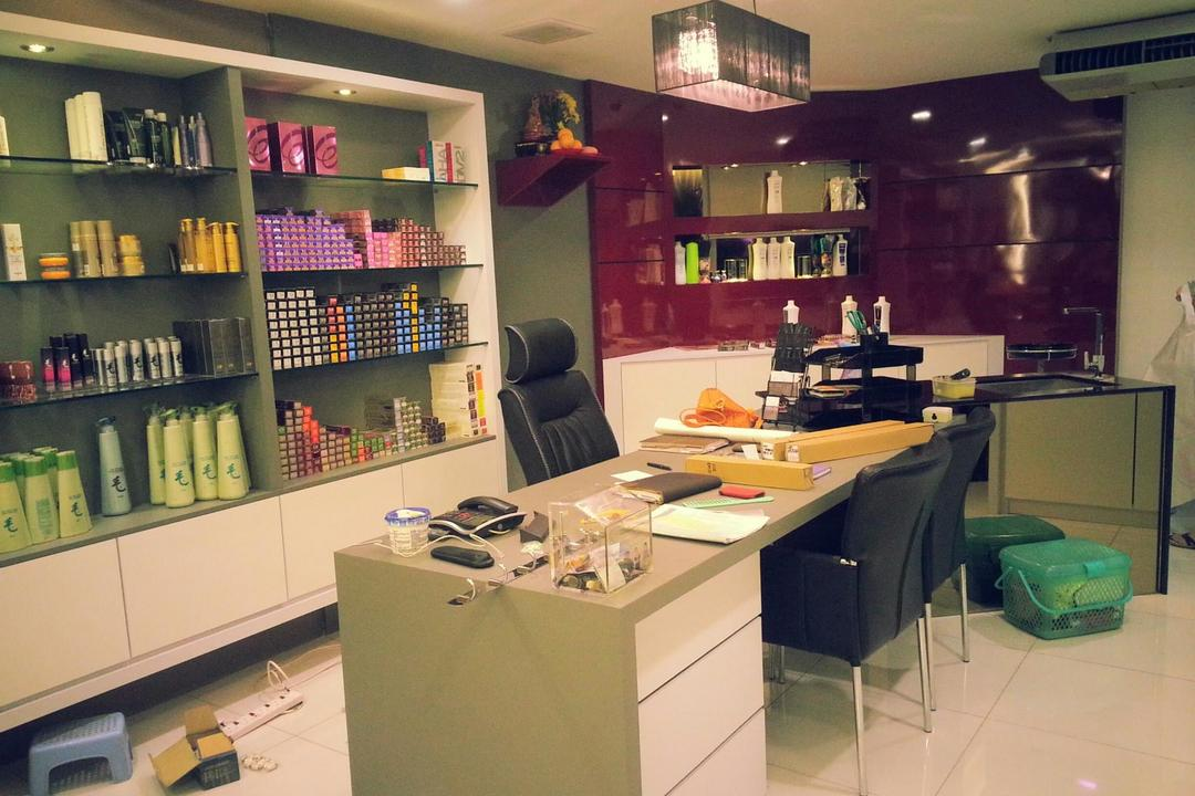 Yap Salon & acedemy, Grazioso Design, Modern, Commercial, Couch, Furniture, Basement, Indoors, Room