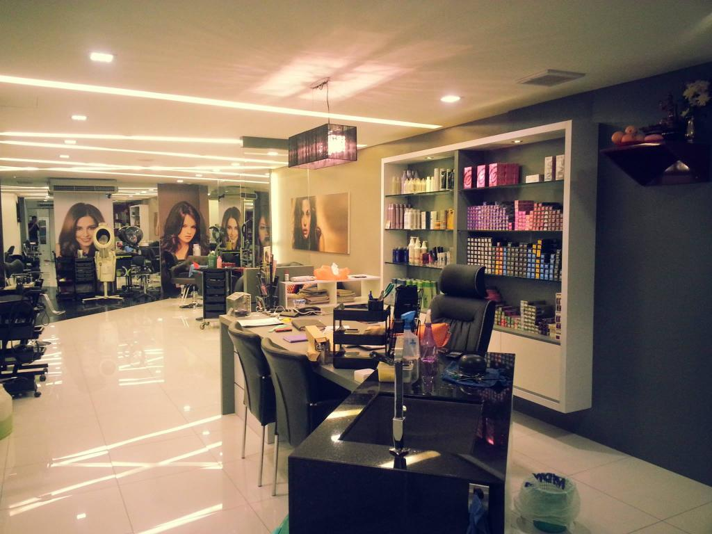 Yap Salon & acedemy, Commercial, Interior Designer, Grazioso Design, Modern, Appliance, Electrical Device, Oven, Couch, Furniture