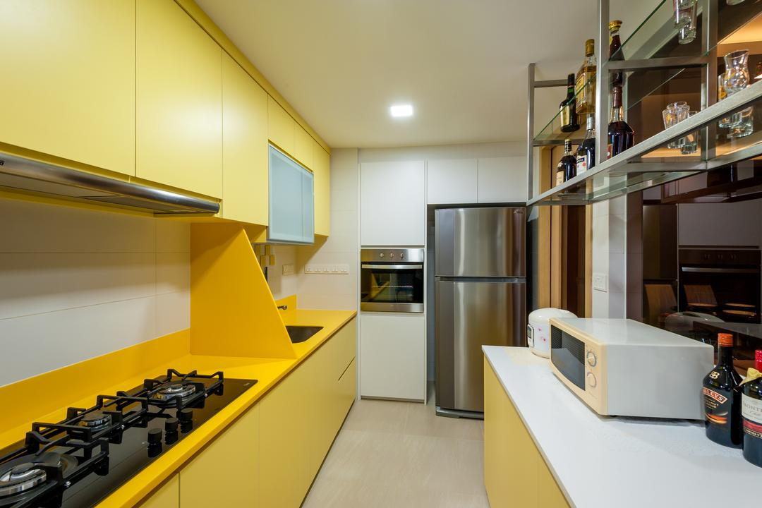 Ripple Bay, Le Interi, Contemporary, Kitchen, Condo, Modern Contemporary Kitchen, Yellow Kitchen Cabinet, , Yellow Laminated Top, Recessed Lights, Built In Oven, White Laminated Top, Indoors, Interior Design, Sink