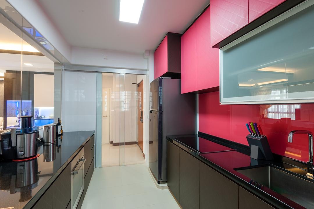 Oleander Breeze, Le Interi, Eclectic, Kitchen, HDB, Modern Contemporary Kitchen, Ceiling Lights, Recesed Lights, Pink Wall, Pink Kitchen Cabinet, Pink Kitchen Cupboard, Black Kitchen Cabinet, Black Kitchen Cupboard