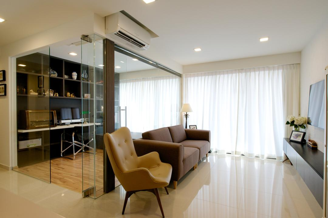 Bedok Reservoir Crescent (Block 747C) Living Room Interior Design 4