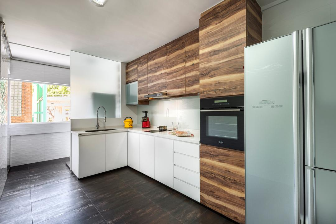 Tampines Street 22, D5 Studio Image, Contemporary, Kitchen, HDB, White Cabinets, Laminted Cabinets, Appliance, Electrical Device, Fridge, Refrigerator, Oven, Indoors, Interior Design, Room