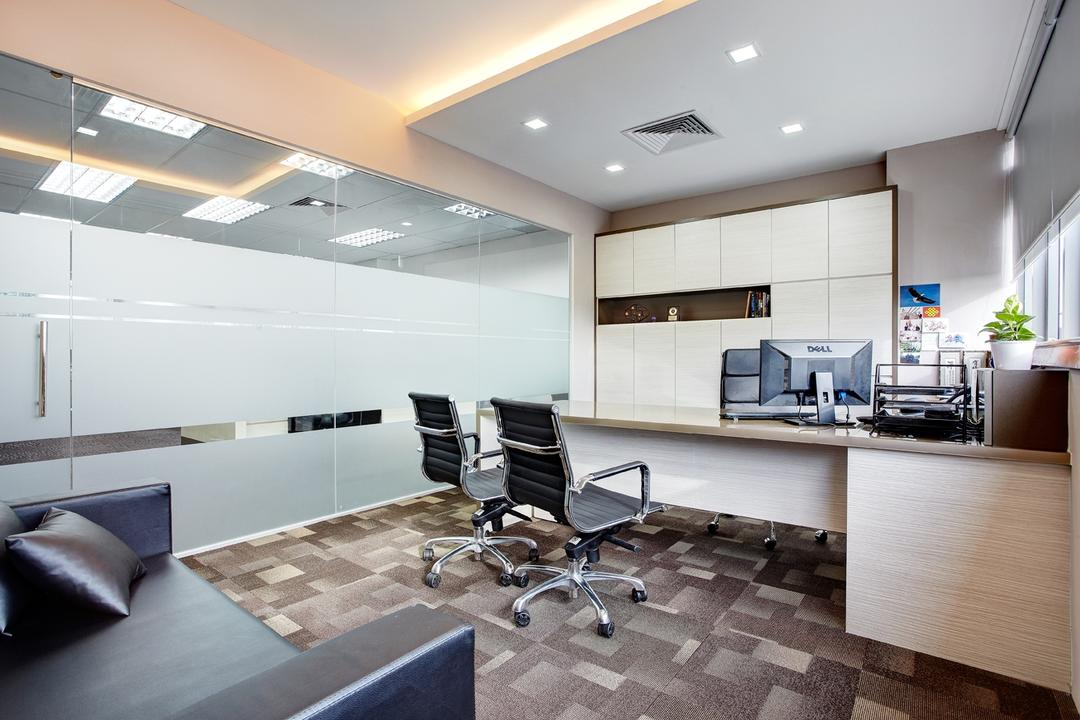 Jurong Office, D5 Studio Image, Traditional, Study, Commercial, Office, Cubicle, Desk, Corporate, Director Room, Recessed Lighting, Concealed Lighting, Carpeted Floor, Lighting, Flooring, Indoors, Interior Design