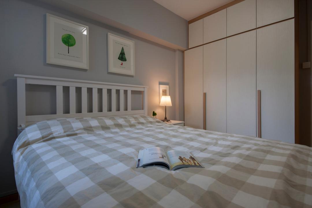 Bedok North Avenue 1, Starry Homestead, Eclectic, Bedroom, HDB, Modern Contemporary Bedroom, , King Size Bed, Cozy, Cosy, Wooden Wardrobe, Bed, Furniture, Indoors, Interior Design, Room, Lamp, Logo, Trademark