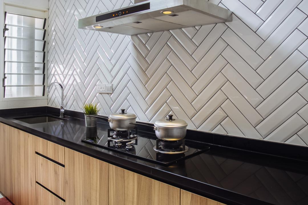 Punggol Breeze, Starry Homestead, Scandinavian, Kitchen, HDB, Modern Contemporary Kitchen, Wooden Kitchen Cabinet, Wooden Kitchen Cupboard, Black Laminated Top, Indoors, Interior Design, Room