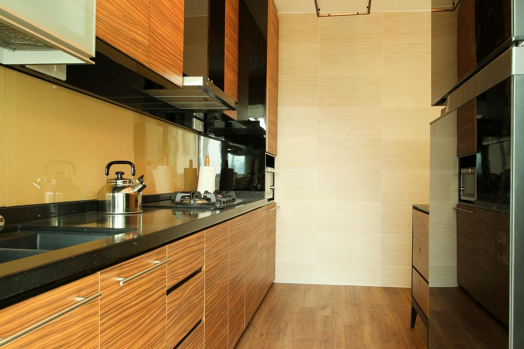 Upper Serangoon Crescent (Block 470), Fifth Avenue Interior, Contemporary, Kitchen, HDB, Pendant Lighting, Laminate Flooring, Wooden Theme, Black Kitchen Top, Laminated Cabinet