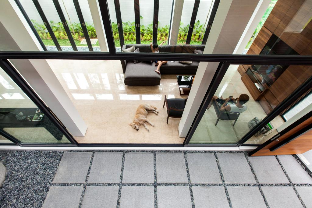 Contemporary, Landed, Jalan Remis, Architect, Aamer Architects, Pebble Trail, Glass Wall, Black Frame Wall, Black Frame, Black Frame Glass Wall, Coffee Table, Furniture, Table