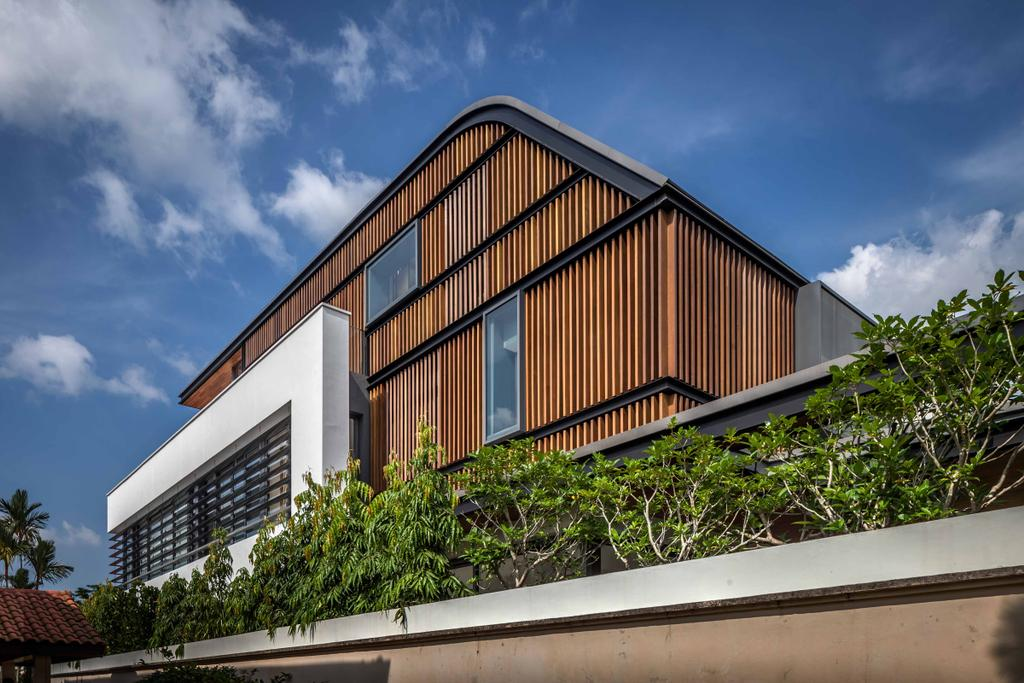 Modern, Landed, Bukit Timah (Far Sight House), Architect, Wallflower Architecture + Design, Exterior, Exterior Vi, Wooden Wall, Plants, Building, Office Building