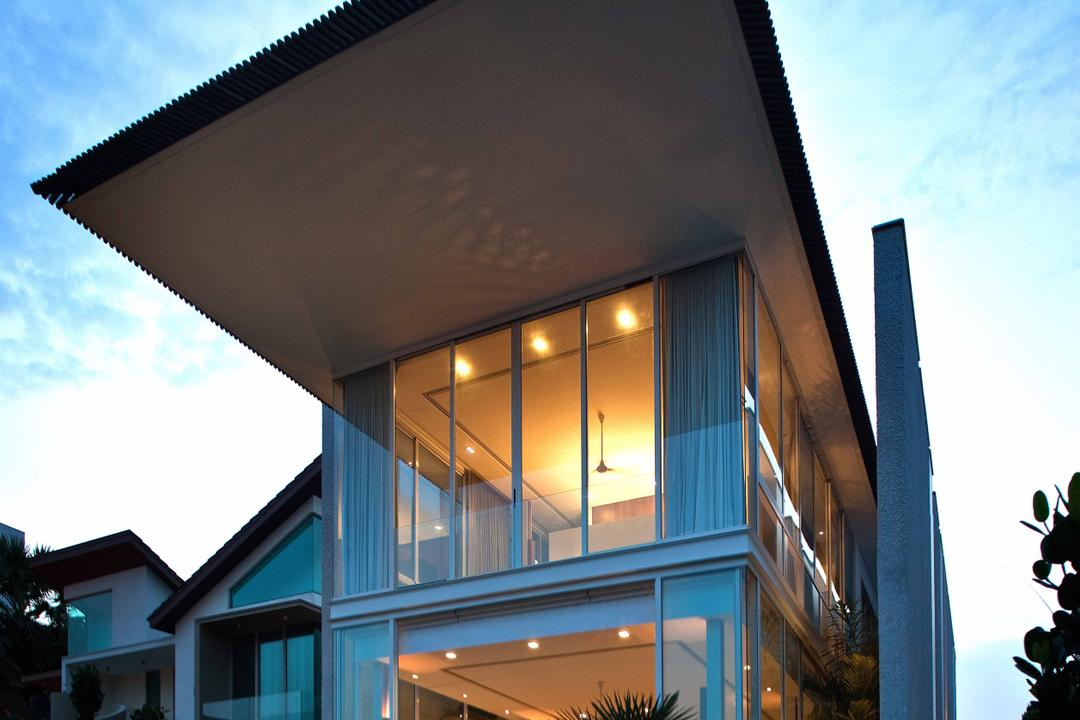 Sentosa Cove (Sun Cap House), Wallflower Architecture + Design, Modern, Landed, Entrance, Exterior, Building Top Shelter, Elongated Shelter, Glass Walls
