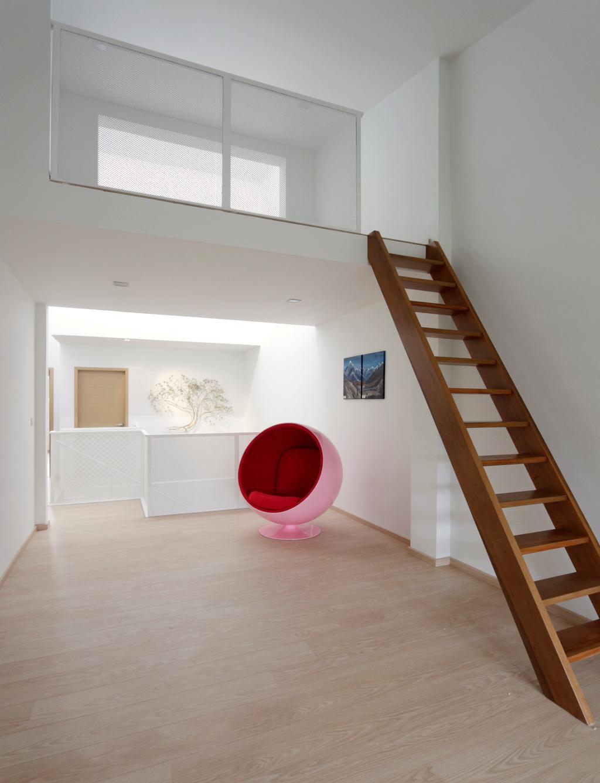 Minimalist, Landed, Bedroom, Lentor Green, Architect, EHKA Studio, Banister, Handrail, Staircase, Chair, Furniture
