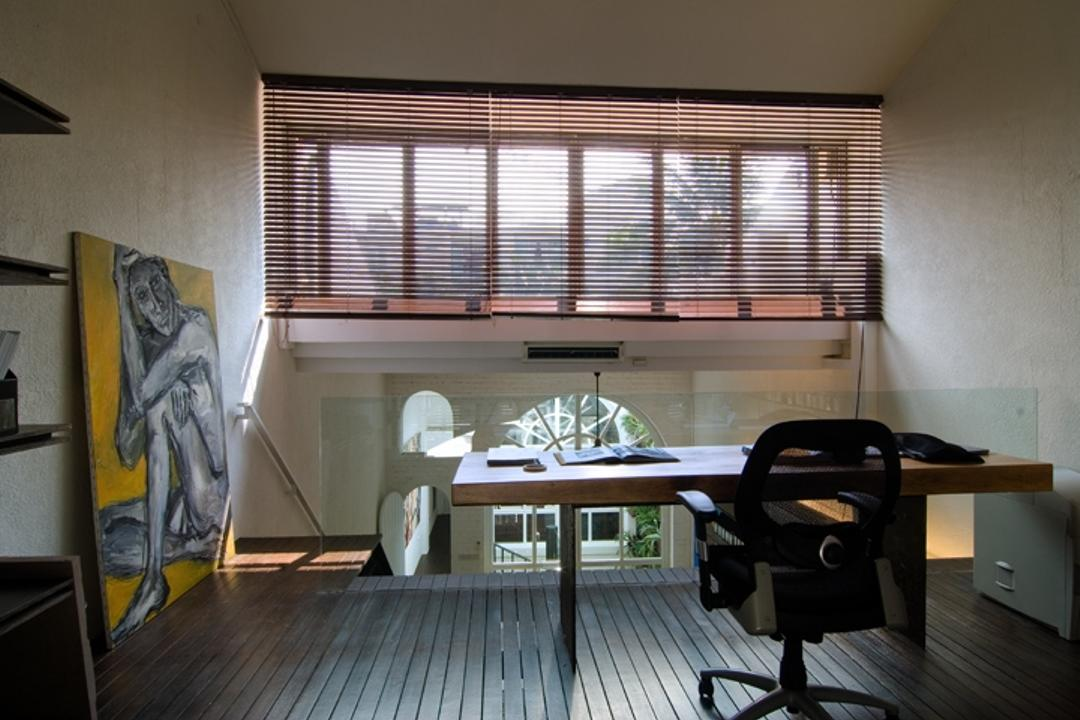 Sophia Office, Aamer Architects, Contemporary, Commercial, Blinds, Wooden Flooring, Brown Flooring, Study Desk, Glass Barricade, Office Chair, Wooden Table, White Walls, Art Piece, Chair, Furniture, Dining Room, Indoors, Interior Design, Room