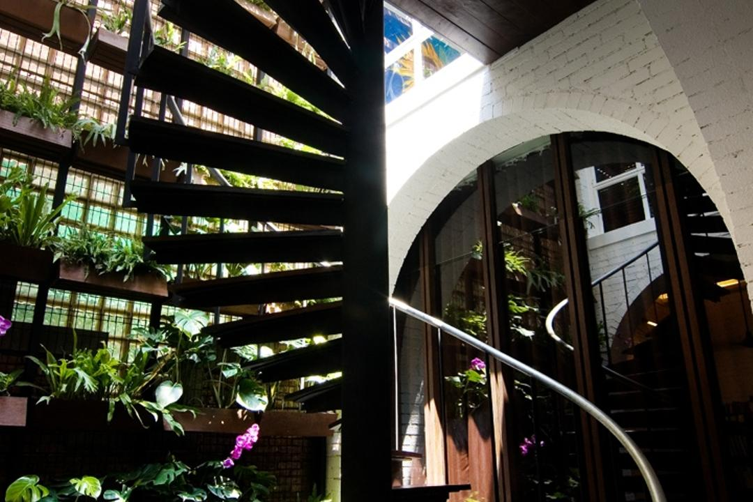 Sophia Office, Aamer Architects, Contemporary, Commercial, Stairway, Black Stairway, Twisted Stairway, Curve Stairway, Brick Wall, White Brick Wall, Plantation, Arched Wall, Flora, Jar, Plant, Potted Plant, Pottery, Vase