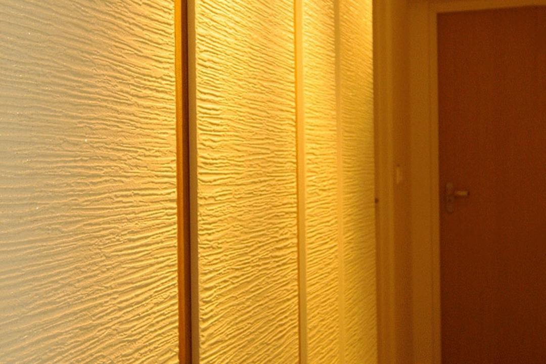 Upper Serangoon Crescent (Block 475C), Corazon Interior, Modern, HDB, Wall Design, White Walls, Recessed Lighting, Yellow Lighting, White Flooring, Feature Wall, Door, Folding Door