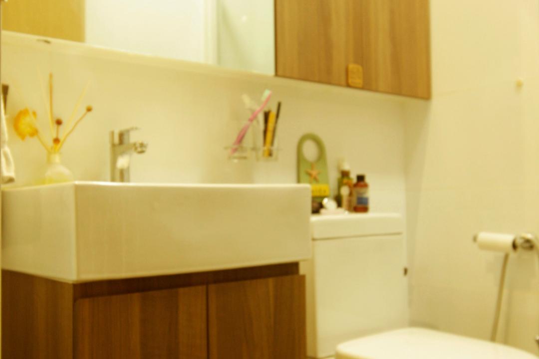 Upper Serangoon Crescent (Block 475C), Corazon Interior, Modern, Bathroom, HDB, Mirror Cabinet, Cabinet, Mirror, Wooden Cabinet, Wall Sink, Wall Mounted Sink, White Sink, Indoors, Interior Design, Sink